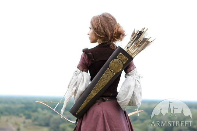 quiver-etched-brass-and-leather-bowman-archer-gear